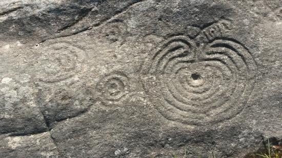 petroglifos de mogor